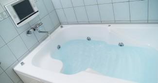 お風呂のカビ取り掃除
