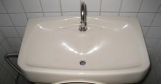 トイレタンクの掃除