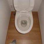トイレ便器の清掃工事です。賃貸物件 (横浜市)